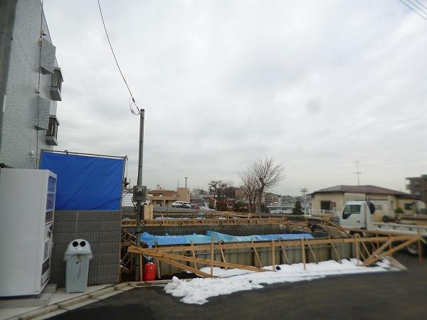 川崎市 高津区 下作延 新築 3階建て 木造 準防火 サッシ 基礎工事